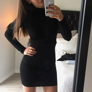 Dresses & Skirts - Long Sleeve LBD